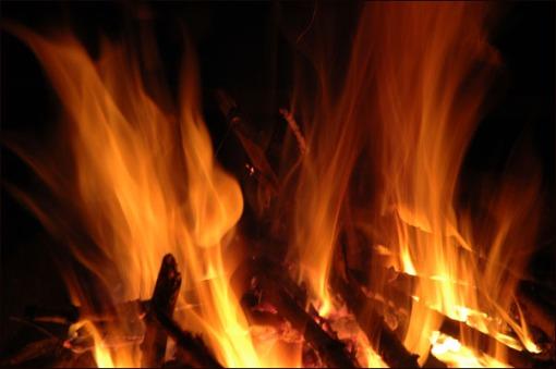 http://primecuts.files.wordpress.com/2008/08/flames.jpg